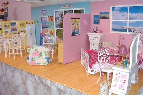 barbie doll beach house lisa s barbies at the beach house barbie diorama