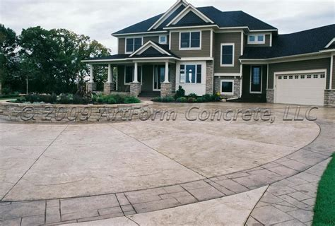 roundabout driveway with border from artform concrete llc in annandale mn 55302