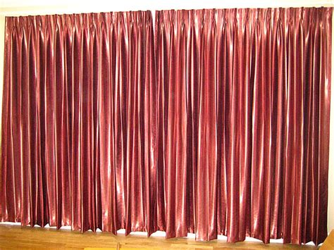 Maroon Curtains For Bedroom | b0035 master bedroom darkening curtain maroon colour