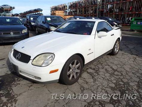 repair voice data communications 2010 mercedes benz slk class electronic toll collection service manual 1999 mercedes benz slk class transfer case removel repairing the linkage on a