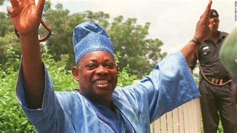 death men in nigeria activists mark 19th anniversary of abiola s death