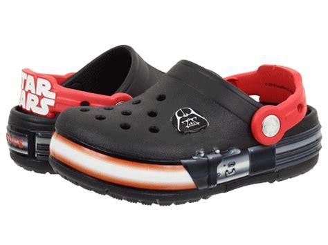 wars crocs light up crocs crocslights wars vader toddler kid