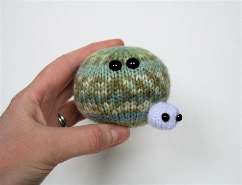 planet knitting pattern planet with baby moon knitting pattern by