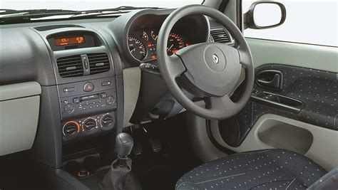 Renault Clio Used Review 2001 2015 Carsguide