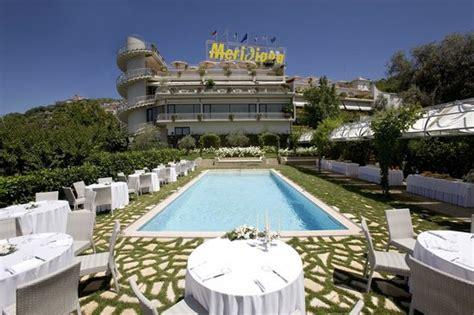 grand hotel meridiana lettere bordo piscina foto di grand hotel meridiana lettere