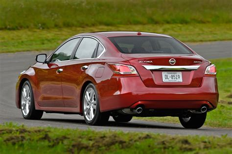 old nissan altima 2014 nissan altima rear three quarters view 1 photo 14