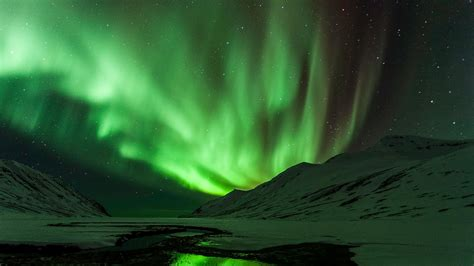 iceland springs and northern lights northern lights in iceland nordic travel mag