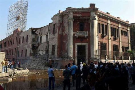 consolato egiziano in italia egitto esplosione al consolato italiano un morto e 9