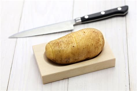 cocina patatas receta de patatas hasselback hogarmania