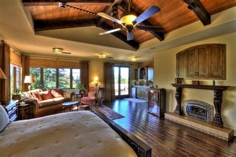 Home Designer Suite Vaulted Ceiling 21 Stunning Master Bedrooms With Couches Or Loveseats
