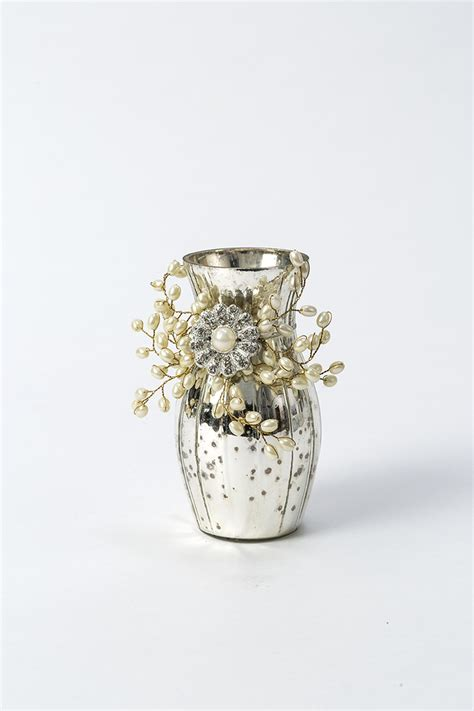 small vase with pearls globe enterprise