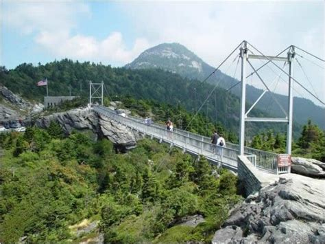 grandfather mountain mile high swinging bridge pin by ellen duncan on oh the places you ll go pinterest