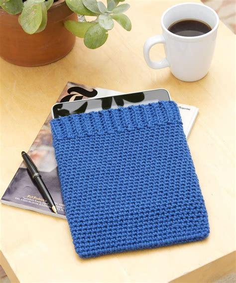 crochet ipad bag pattern 121 best crochet mobile tablet case images on pinterest
