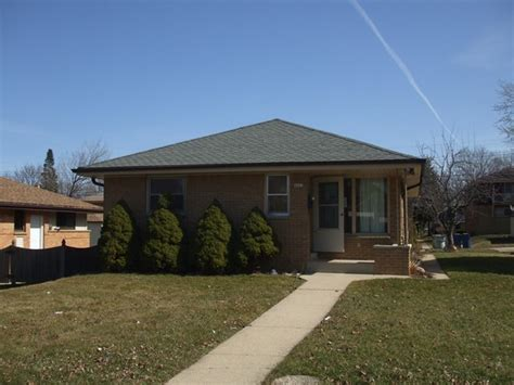 4042 n 70th st milwaukee wisconsin 53216 reo home