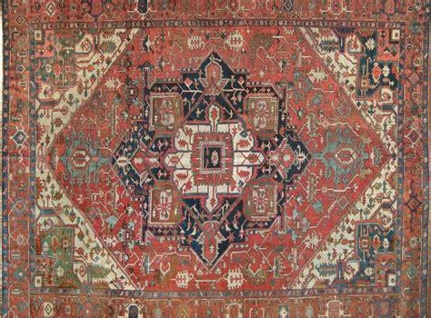 vendo tappeti persiani usati vendo tappeti persiani usati con dei piccoli difetti