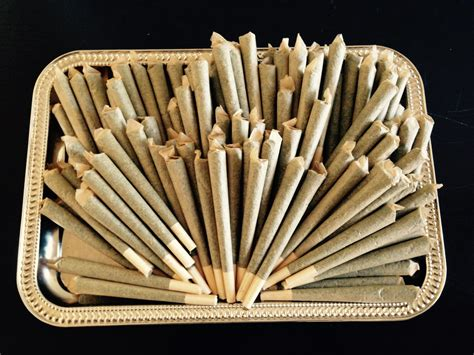 roll the best joint top 5 best rolling tray and joint kits smoke inc