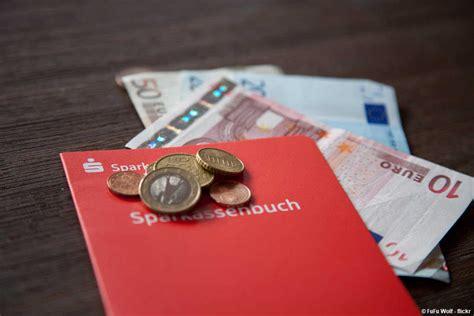 kredit geld anlegen zins tagesgeld festgeld welche des sparens ist sinnvoller