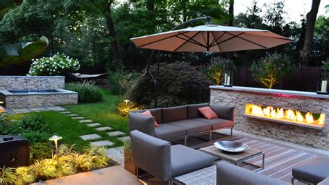 15 Backyard Landscaping Ideas   Home Design Lover