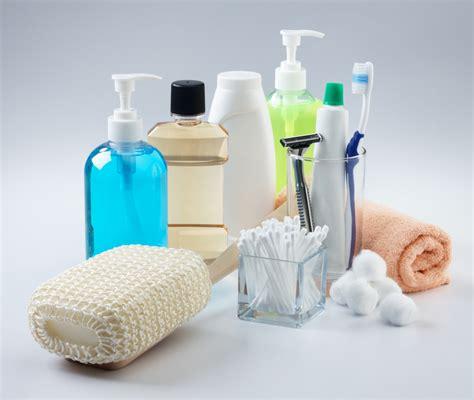 como organizar a mala de viagem produtos de higiene