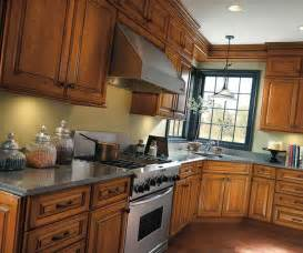 traditional cherry kitchen cabinets cabinetry