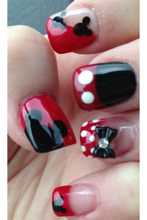 How To Decorate Nails With Nail by How To Decorate Your Nails With Mickey Mouse Nail