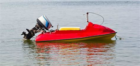 boat safety transport canada speedboat safety how safe is transport canada keeping