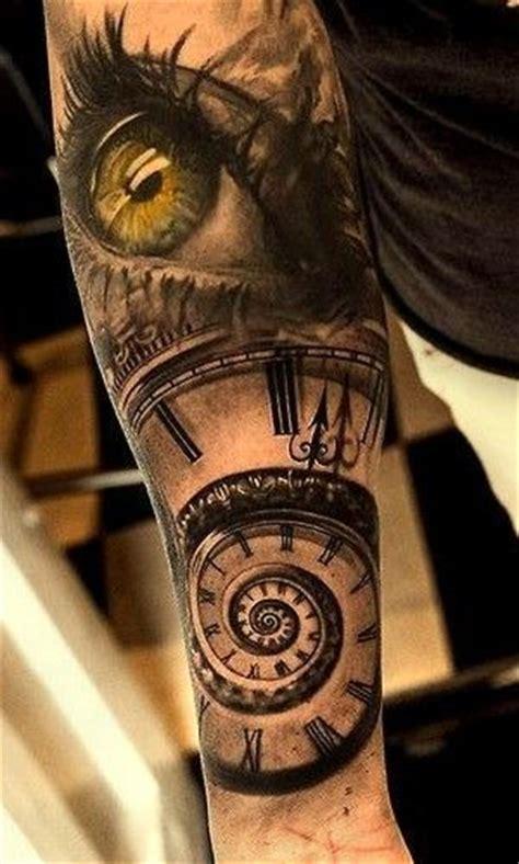 tattoo 3d zegar oko zegar spirala niesamowity tatuaż na ręce