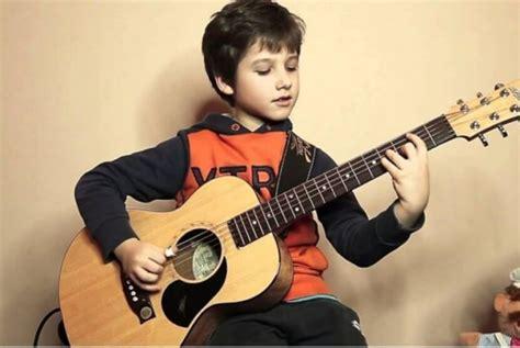 cara bermain gitar untuk pemula kidal 9 cara belajar bermain gitar untuk pemula kunci dasar