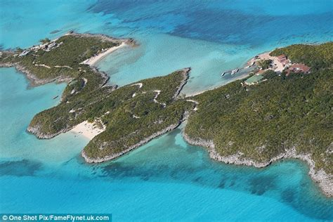 Johnny Depp Vanity Fair The Bahamas Island Where Johnny Depp And Amber Heard