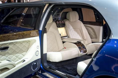 bentley limo interior geneva 2016 bentley mulsanne grand limousine by mulliner