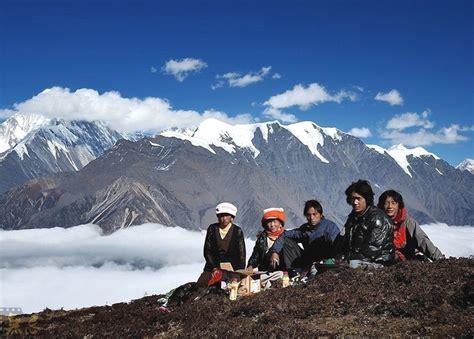 tibetan mountain tibetan snow mountain gongga mountain chengdu sichuan attractions travel