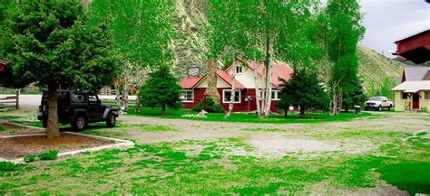 Sawtooth National Forest Cabins by Stanley Idaho Lodging Along The Salmon River At Sawtooth