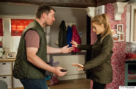 emmerdale spoilers pete confesses to a terrified debbie emmerdale spoiler debbie dingle discovers husband pete