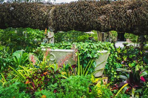 Houmas House Plantation And Gardens by Houmas House Plantation And Gardens Tour