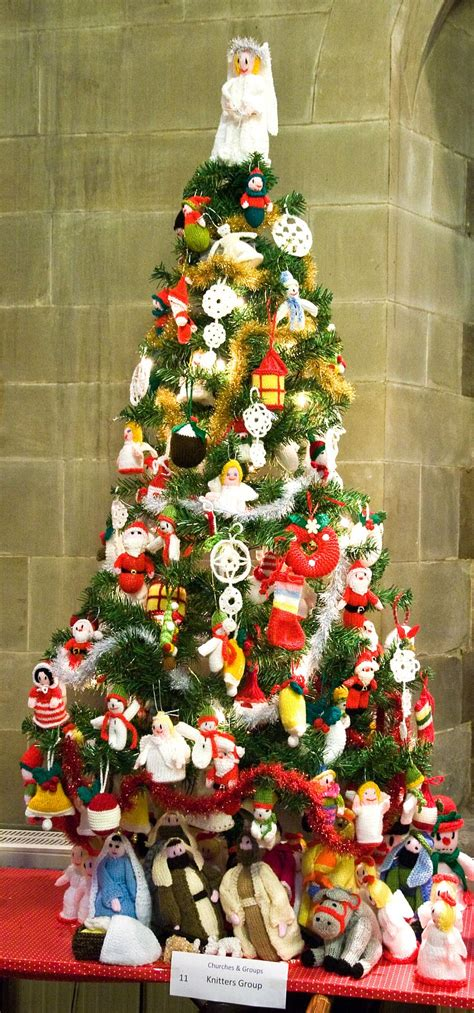 churches throw open their doors for christmas tree