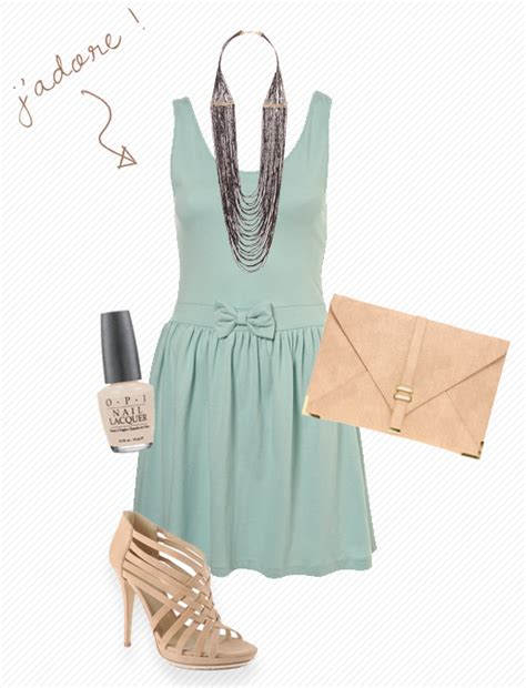 what color goes with mint green what would go best with this mint green clutch