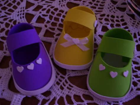zpatitos para baby shower en goma eva las manualidades modelos de zapatitos de bebe en goma eva decoraciones