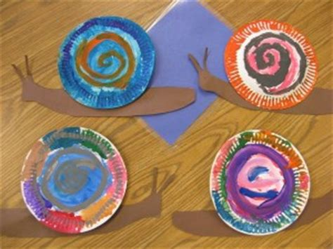Snail Paper Plate Craft - snail craft for crafts and worksheets for preschool