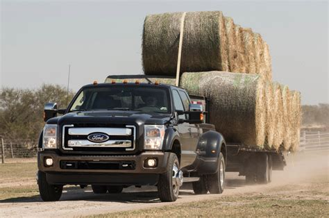 2015 ford f 350 king ranch 2015 ford f 350 king ranch duty hauling hay bails
