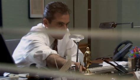 The Office Desk Episode 12 Elaborate Easter Eggs Within Classic Tv Shows