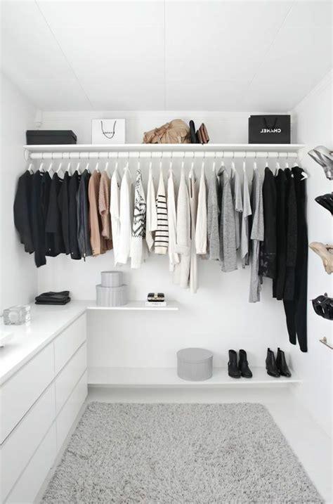 Begehbarer Kleiderschrank Einrichtung by 220 Ber 1 000 Ideen Zu Begehbarer Schrank Auf