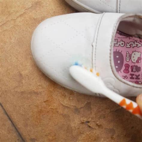cara membuat slime dengan ubat gigi tips mudah bersihkan kasut sekolah anak dengan ubat gigi
