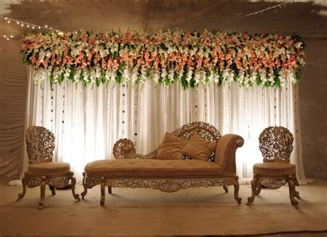 Simple Wedding Stage Decoration in Pakistan   Pakistani