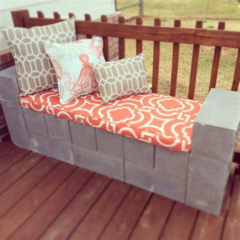 diy concrete block bench diy cinder block bench so easy patio ideas pinterest