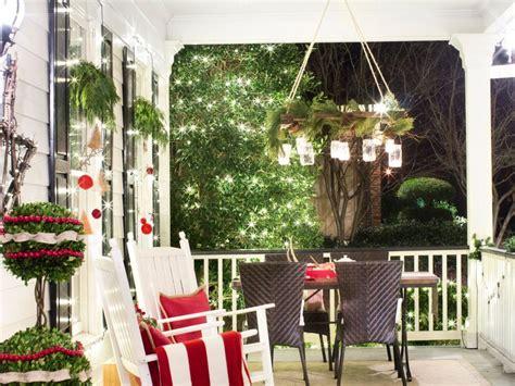 holiday decorations reclaimed wood holiday decorating ideas hgtv