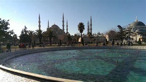 istanbul turisti per caso natale a istanbul viaggi vacanze e turismo turisti per