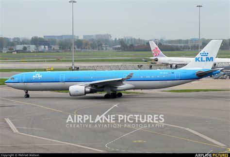 airbus a330 300 seating klm ph aka klm airbus a330 300 at amsterdam schiphol