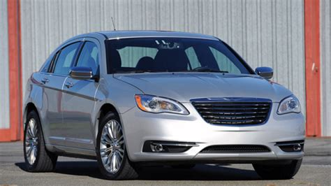 2011 chrysler 200 recalls nhtsa opens investigations on chrysler 200 and ford