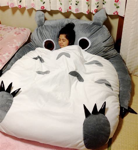 totoro bed happy squirrel chisa totoro pikachuuu the