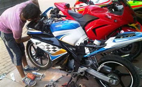 Bengkel Modif Byson Di Surabaya by Angga Racing Mobiek Pakarnya Modif Bodi Motor Sport